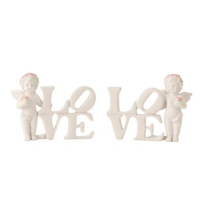 Engel staand met Love