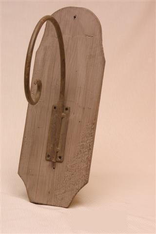 Wandhaak metaal plank hout